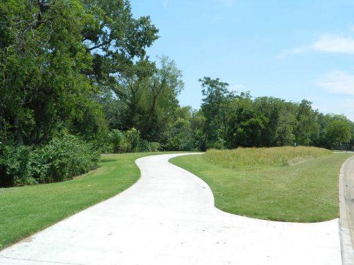 Elmwood Parkway